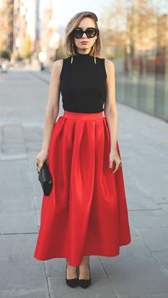 La Diva Pleated Maxi Full Skirt in Red by My show room