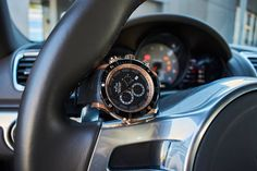 Edox Chronoffshore-1 Chronograph #edox #edoxswisswatches #chronoffshore-1 #chronographronograph #ceramicbezel #swisswatches #swissmade #porsche #luxurycar #sportwatch #wotd #timingforchampions
