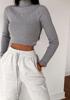 Cute Lazy Outfits, Retro Outfits, Simple Outfits, Stylish Outfits, Sporty Outfits, Vintage Outfits, Classy School Outfits, Back To School Outfits For Teens, Winter Fashion Outfits