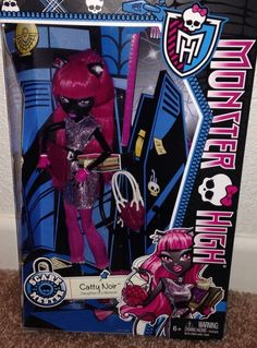 Monster High CATTY NOIR SCARE MESTER Wave 2 NEW In Hand scaremester