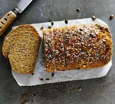 Bake a loaf with wholegrain flours, using wheat, rye or spelt flours or a blend of white and wholemeal. Try our classic loaves, soda bread or flatbread recipes. Bbc Good Food Recipes, Cooking Recipes, Cooking Ideas, Bakery Recipes, Vegetarian Cooking, Clean Recipes, Wholemeal Bread Recipe, Rye Bread Recipes, Flatbread Recipes