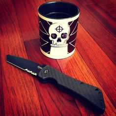 Having my cup of coffee and checking out the Bad Monkey Tanto given to us from Southern Grind for a review. @southerngrind #knife #blade #tanto by spotterup