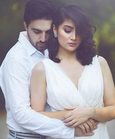 Pre Wedding Shoot Ideas, Pre Wedding Poses, Wedding Couple Photos, Pre Wedding Photoshoot, Wedding Couples, Wedding Couple Poses Photography, Couple Photoshoot Poses, Indian Wedding Photography, Wedding Ideias