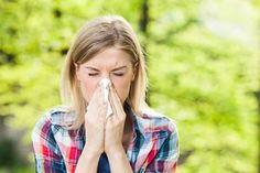 10 nemme tricks mod høfeber | idényt Les Allergies, Seasonal Allergies, Allergy Remedies, Allergy Symptoms, Cold Home Remedies, Natural Remedies, Natural Allergy Relief, Chest Congestion, Cold Treatment