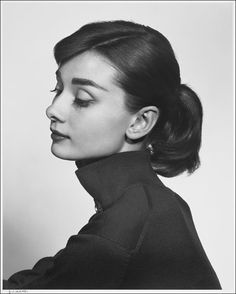 Audrey Hepburn / 1956 photo by Yousuf Karsh / Gelatin silver print  Courtesy of the Museum of Fine Arts, Boston