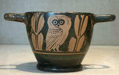 red-figure Attic skyphos: owl, c.450-400 BCE, KM 0000.00.2608 ...