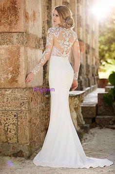 gorgeous bride wedding dress