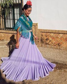 Flamenco Costume, Flamenco Skirt, Belly Dance, Nice Dresses, Gypsy, Sari, Costumes, Womens Fashion, Skirts