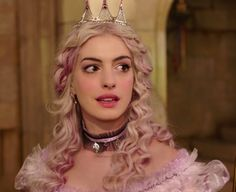 Alice through the Looking Glass: The White Queen (young)
