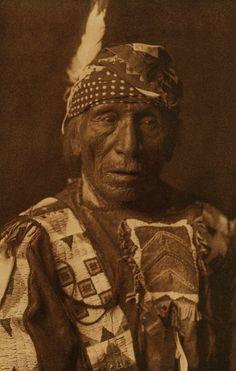 Good Voice Hawk, Yanktonai, 1908