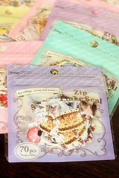 This is super cute Japanese sticker set.- 10 designs and 70 pieces of stickers- approx. 1.5cm x 2cm …