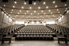 University of Alberta - One of the largest, and newest lecture theatres on campus - CCIS 1-440/ 1-430