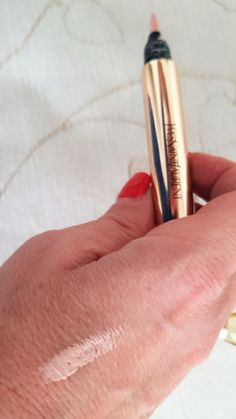 Highlighter: the best products for women over 40 - Makeup for Best Skins! Strobing, Maybelline, Mascara, Yves Saint Laurent, Beauty Over 40, Highlights, Ysl Beauty, Makeup Designs, Skin Makeup