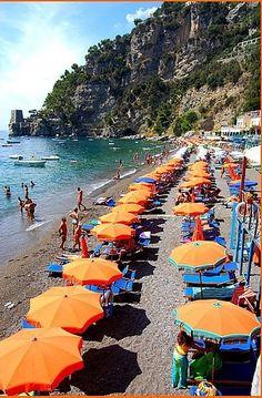 Positano: on the beach >> Scopri le Offerte!