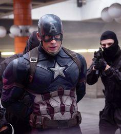 Captain America Civil War ( Steve Rogers) Chris Evans