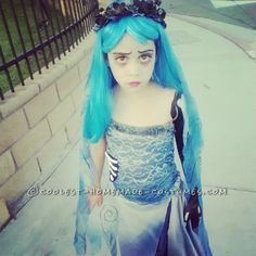 Homemade Corpse Bride Costume for a Girl... This website is the Pinterest of costumes