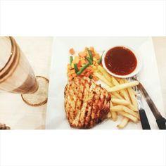 Nafeeza Steak