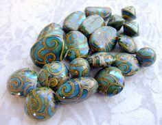Handmade beads by Liz DeLuca www.creativeartyfacts.com.au