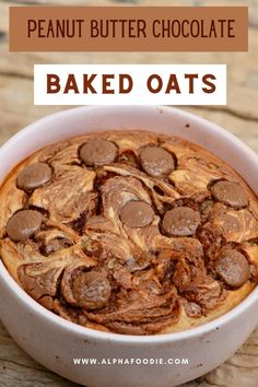 This chocolate peanut butter baked oatmeal uses the current Tiktok blended baked oats trend to create a healthy cake for breakfast- yup, you read that right! All you need is 7 ingredients and under 30 minutes for this dairy-free, gluten-free, refined-sugar-free breakfast! Plus, you can use an oven or air fryer! Peanut Butter Oatmeal, Peanut Butter Recipes, Oats Recipes, Snack Recipes, Cooking Recipes, Peanut Butter Breakfast, Healthy Cake, Healthy Breakfast Recipes, Healthy Baking