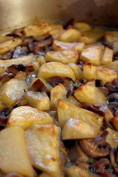 Μανιτάρια και πατάτες με κρασί