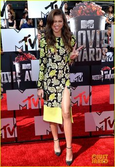 Bella Thorne & Zendaya Shake Up the MTV Movie Awards 2014 | 2014 MTV Movie Awards, Bella Thorne, Zendaya Photos | Just Jared