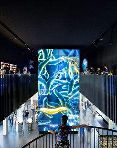Resultado de imagen para videowall displays microbes for Dutch museum Digital Signage, Digital Wall, Exhibition Space, Museum Exhibition, Dresden, Interior Ceiling Design, Arch Interior, Shopping Mall Interior, Art Deco Wallpaper