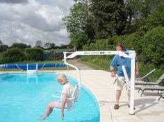 Disabled-friendly swimming pool
