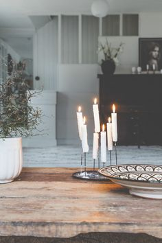 sunnuntaina - Uusi Kuu Decor, House Design, Home, Minimalist Scandinavian, Deco, Candles, Table, Table Decorations, Inspiration