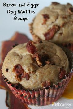 Homemade Dog Food This is one treat that'll have your dog bright eyed and bushy tailed. - The best part of waking up has to be our Bacon and Eggs Dog Muffins. Dog Biscuit Recipes, Dog Treat Recipes, Healthy Dog Treats, Dog Food Recipes, Doggie Treats, Bacon Dog Treats, Dog Cake Recipes, Snack Recipes, Homemade Dog Cookies