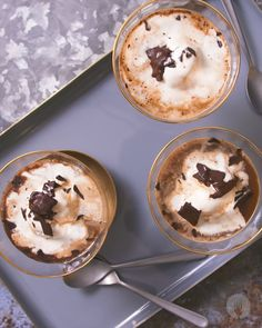 Impress your guests with this super simple ice cream, presented with a dramatic (but easy) coffee pour-over! Homemade Desserts, Frozen Desserts, Easy Desserts, Delicious Desserts, Dessert Recipes, Yummy Food, Dessert Ideas, Picnic Desserts, Drink Recipes