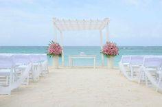 Ocean pearl package in pink - Simple Stunning Wedding at Grand Palladium Punta Cana  #WeddingsByPalladium