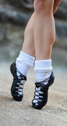 Ballet dancers have supportive toe box and shank. Irish dancers have nothing but leather. This brand of ghillie even has a split sole. Take that ballerinas. Swing Dancing, Dancing In The Rain, Irish Dance Quotes, Dancing Quotes, Dancer Legs, Irish Step Dancing, Dance Photography, Photography Ideas, Dance Photos