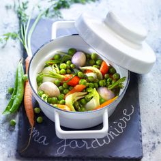 Jardinière de petits légumes de printemps Slimming Recipes, Green Peas, I Foods, Potato Salad, Side Dishes, Healthy Lifestyle, Food And Drink, Lunch, Meals
