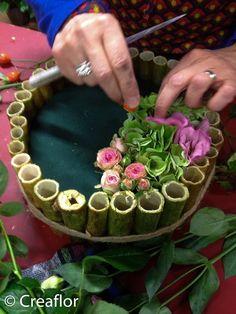 Pictures for aspidistrablad vouwen – Floral Garden Ideas – Flowers Desing Ideas Modern Floral Arrangements, Beautiful Flower Arrangements, Floral Centerpieces, Beautiful Flowers, Deco Floral, Floral Foam, Arte Floral, Ikebana, Funeral Flowers