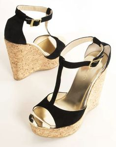 Cute and.comfortable for a nice summers night out!!