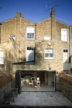6wed_Rebecca_Architect_London-copy.jpg 819×1.229 pixels