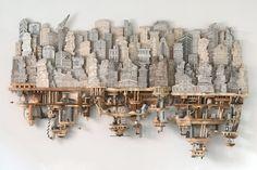 Cet artiste réalise de somptueuses sculptures de bois à partir de simples étagères et le résultat est époustouflant