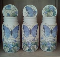 Clear glass jars painted with Martha Stewart paint and then decoupaged with napkins Crafts With Glass Jars, Glass Jars With Lids, Wine Bottle Crafts, Mason Jar Crafts, Mason Jar Diy, Mason Jar Kitchen, Ball Mason Jars, Painting Glass Jars, Jar Design