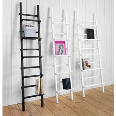 Verso Magazine Stand