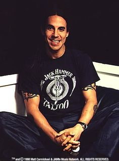 Anthony Kiedis <3 Anthony Kiedis Young, Anthony Keidis, Hair Metal Bands, Rock Hairstyles, John Frusciante, Weak In The Knees, Hottest Chili Pepper, My Favorite Music, Rock And Roll