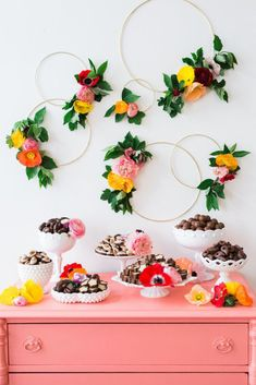 Hope you have something as fun as this party Jenny Cookies styled up your sleeves. Is there anything more adorable than a mother-daughter flower crown party in May Diy Party Dekoration, Hawaian Party, Crown Party, Festa Party, Party Fiesta, Party Party, Deco Floral, Floral Wall, Brunch Wedding