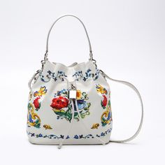 now on eboutic.ch - bucket type bag for women Famous Brands, Sexy Outfits, Drawstring Backpack, Bucket Bag, Backpacks, Shoulder Bag, Bags, Accessories, Style