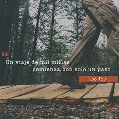 """""""Un viaje de mil millas comienza con un solo paso"""" - Lao Tzu #éxito #exito #startups #startup #retos #logros #vida #negocios #emprendimiento #metas #superación #crecimientopersonal #emprendimiento #viaje #camino"""