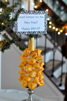 new years eve fortune cookie display @cleverlyinspired (4)
