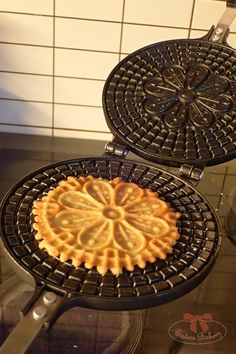 Waffle Iron, Cooking Tips, Bakery, Food And Drink, Sisters, Breakfast, Recipes, Cottage, Basket