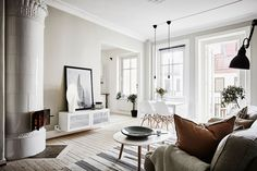 Bright two-room apartment in Gothenburg features fantastic layout