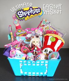 Surprise a Shopkins fan with the Ultimate Shopkins Easter Basket overflowing with their tiny favorites! Craft Stick Crafts, Fun Crafts, Hello Kitty, Monster High Birthday, Baby Doll Accessories, Diy Easter Decorations, Easter Centerpiece, Vintage Greeting Cards, Vintage Postcards