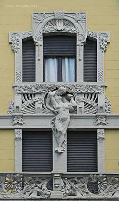 Art Nouveau ~ Casa privata - www.it 1908 - Andrea Fermini Art Nouveau Architecture, Beautiful Architecture, Art And Architecture, Architecture Details, Art Deco, Art Nouveau Design, Tv Decor, New Art, Sculptures
