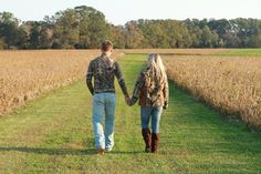 camo! couple country photography!