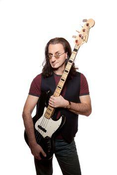 Geddy Lee   Geddy Lee Jazz Bass Serial Numbers